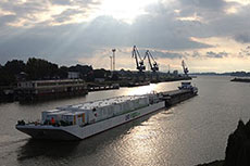 LNG Hybrid Barge expected at Port of Hamburg