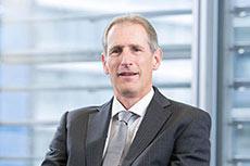 Lloyd's Register CEO steps down