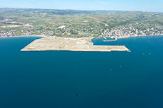 Terberg to supply Turkish terminal with LNG tractors