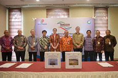 Tangguh LNG expansion contracts signed
