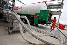 Calor road tankers load up on LNG at Isle of Grain terminal