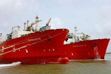 Excelerate completes STS transfer at Engro Elengy LNG terminal