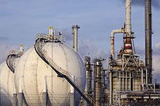 DW: 2015 a fulcrum year for mega gas