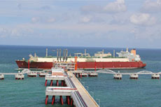 Qatargas delivers LNG to CNOOC terminal
