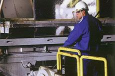 Worthington acquires cryogenic transport trailer company