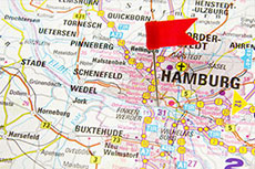 Hummel LNG hybrid barge enters second season of service in Hamburg