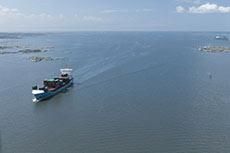 Swedish port offers LNG discount