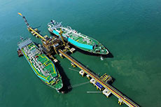 Air Products wins Petronas FLNG contract