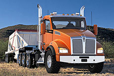 Kenworth T880 adds natural gas option