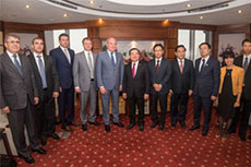 Gazprom and PetroVietnam discuss LNG and NGV development