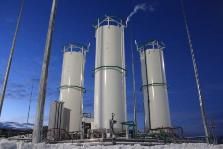 Gazprom moves forward with its LNG projects