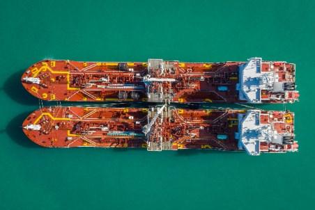 Avenir LNG completes bunkering between sister ships