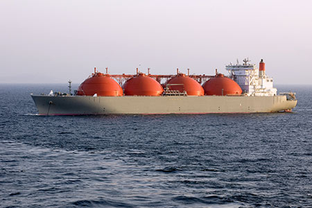 MOL and China COSCO Shipping to jointly own four LNG